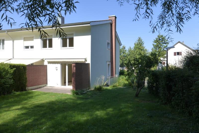 4-Zimmer-Eck-Reiheneinfamilienhaus mit schönem Garten auf dem Bruderholz