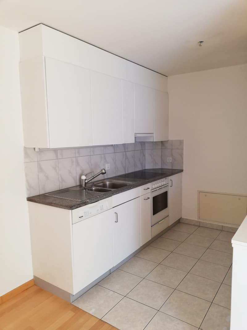 Attraktive 3.5 - Zimmer - Maisonnette - Wohnung mit Cheminee (4)