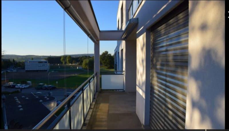 Moderne und helle 4.5 Zimmerwohnung 2.OG