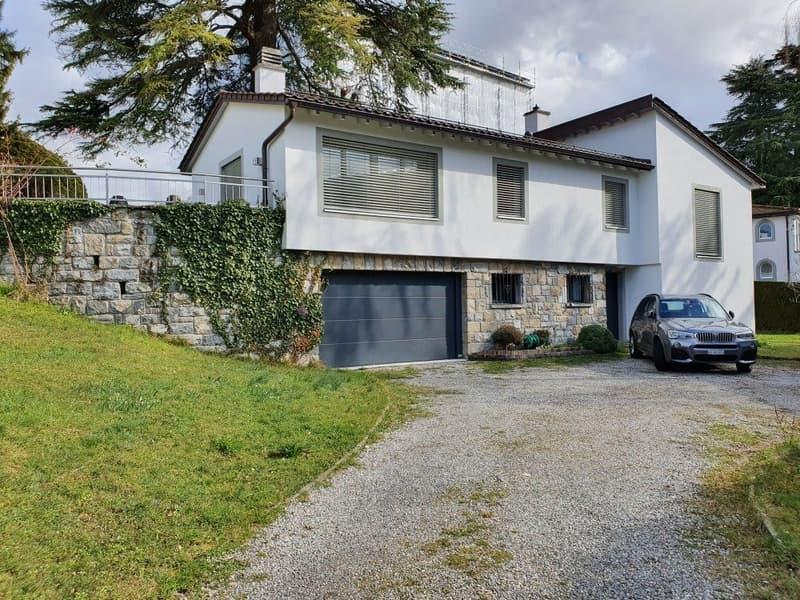 BECQUE 36, Villa