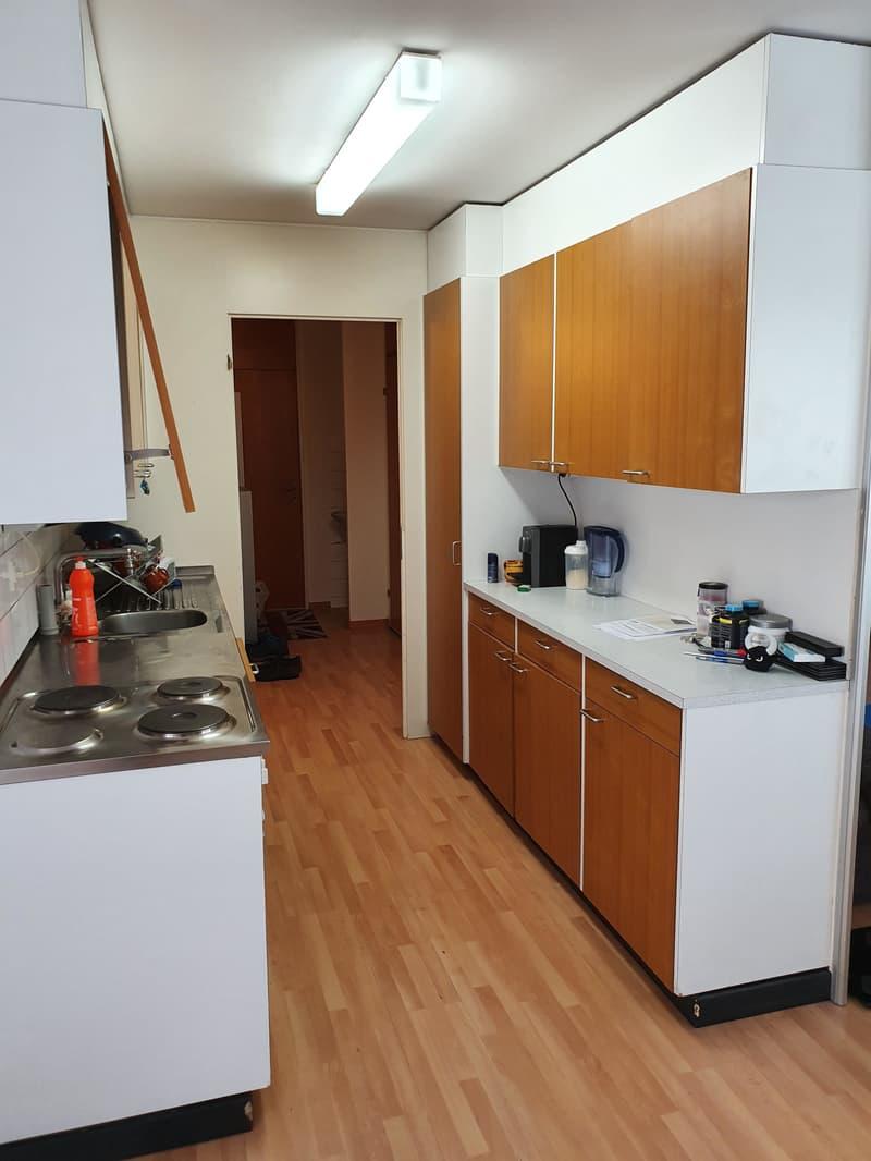 Helle, gemütliche 31/2-Zimmer Wohnung (2)