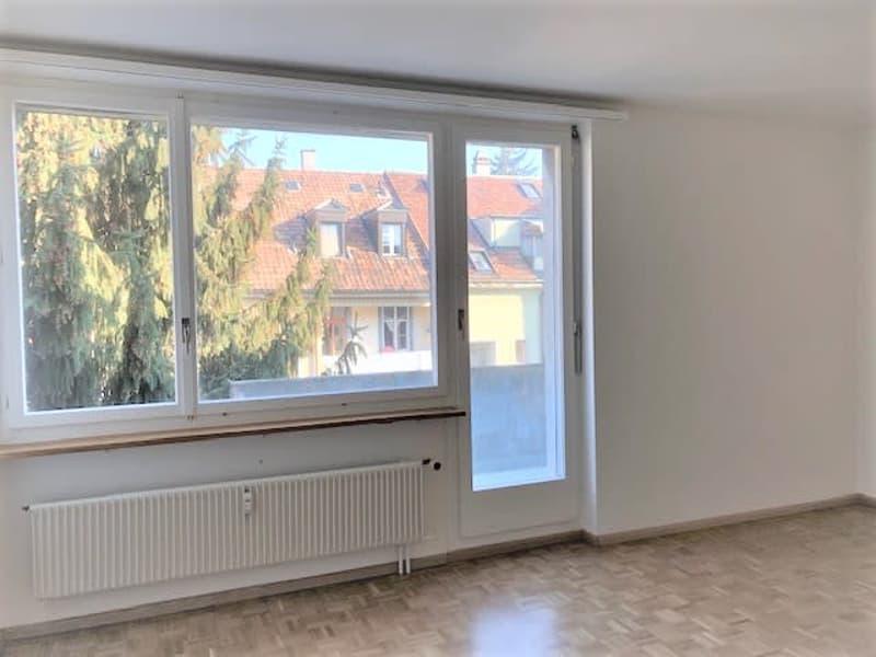renovierte 2- Zimmerwohnung mit Balkon auf Hofseite