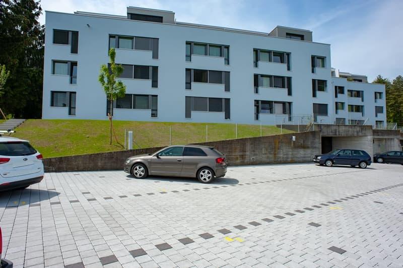 Aussenparkplätze und Tiefgaragenplätze