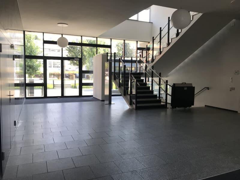 G_Eingang_Treppenhaus.jpg