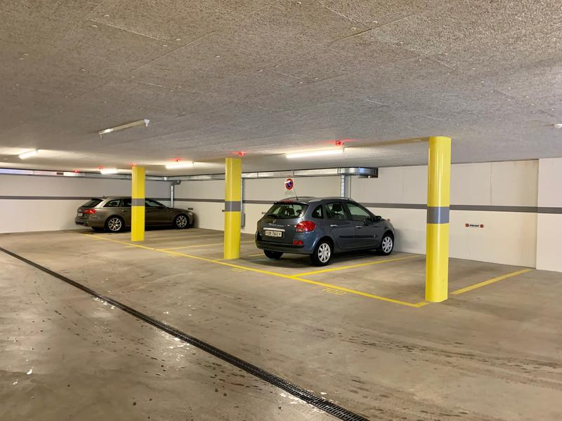 Reservierte Parkplätze Tiefgarage
