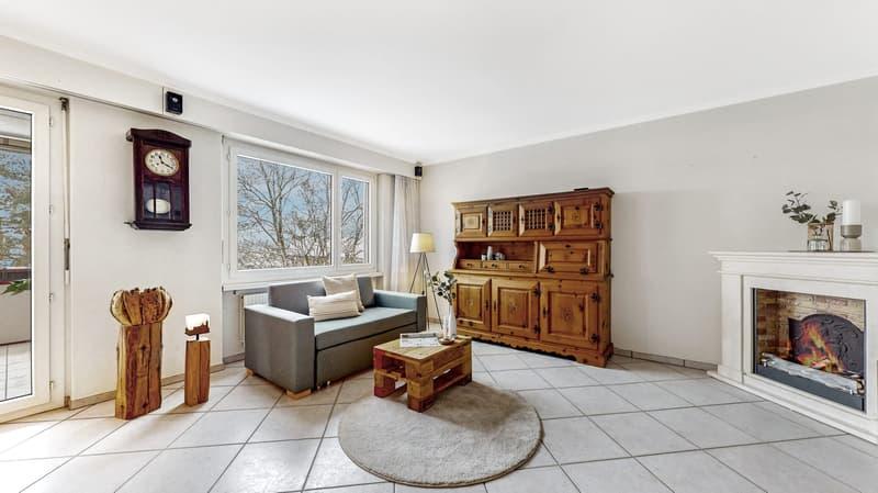 45-Zi-Wohnung-Flurstrasse-39-Bettlach-Wohnbereich