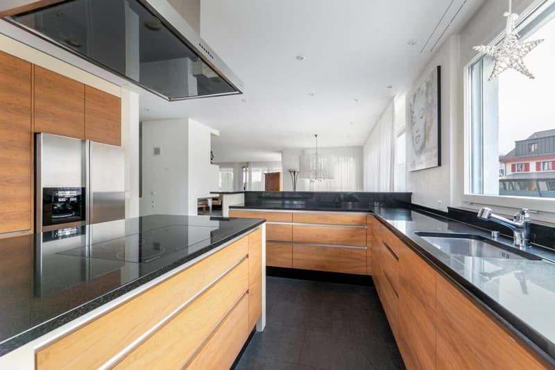 Wohnung 1 - EG: Ausgezeichnete Küche mit viel Stauraum