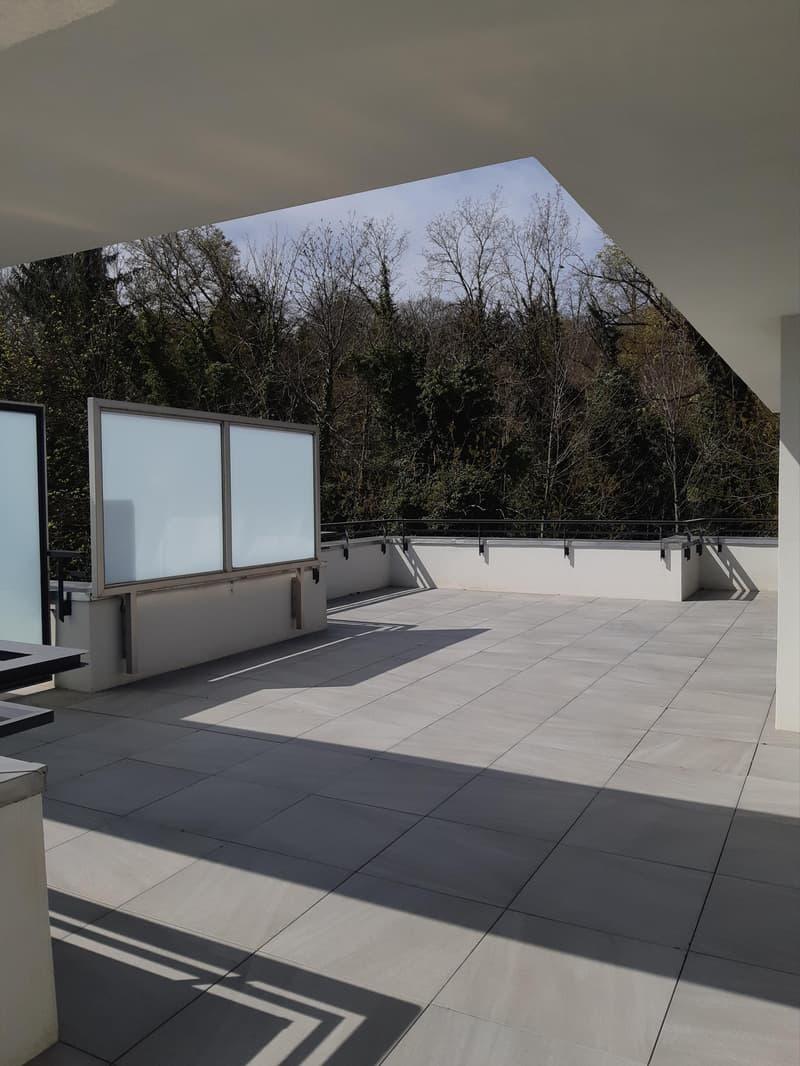 Balcon/terrasse/place