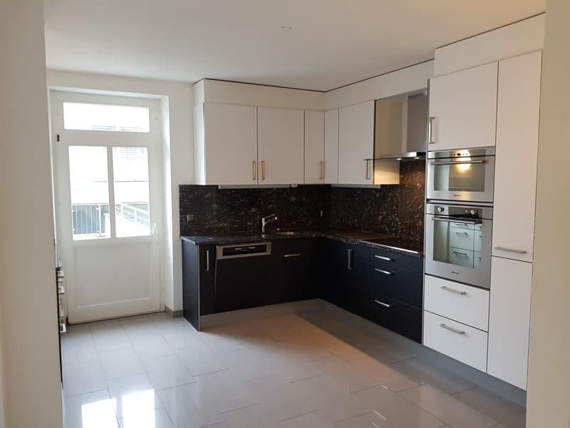 Küche mit Terrassentüre