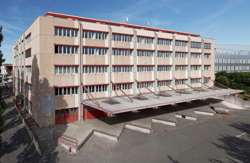 Dépôt 775 m2, Zimeysa