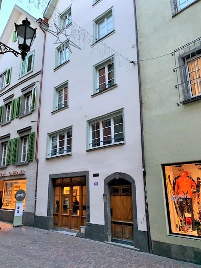 Aussenansicht Seite Altstadt