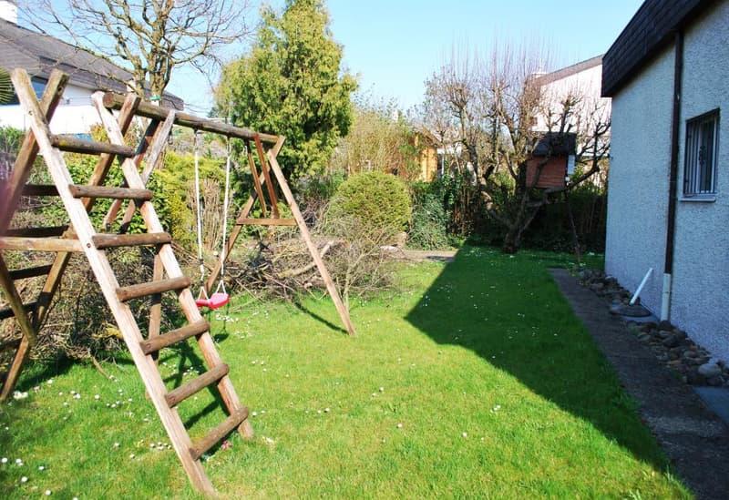 Garten mit Loungeplatz