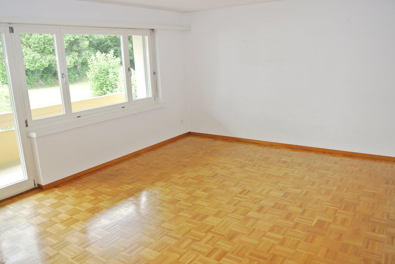 Miete: helle und freundliche Wohnung