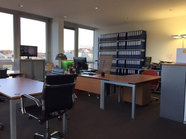 Mise à dispostion de beaux bureaux équipés et meublés en plein