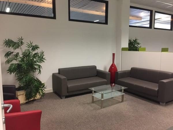 Ufficio Di Design : Uffici di design interamente arredati cadempino affitto ufficio