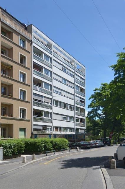 Rue Lamartine 12