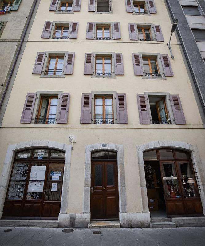 Rue Dizerens 9