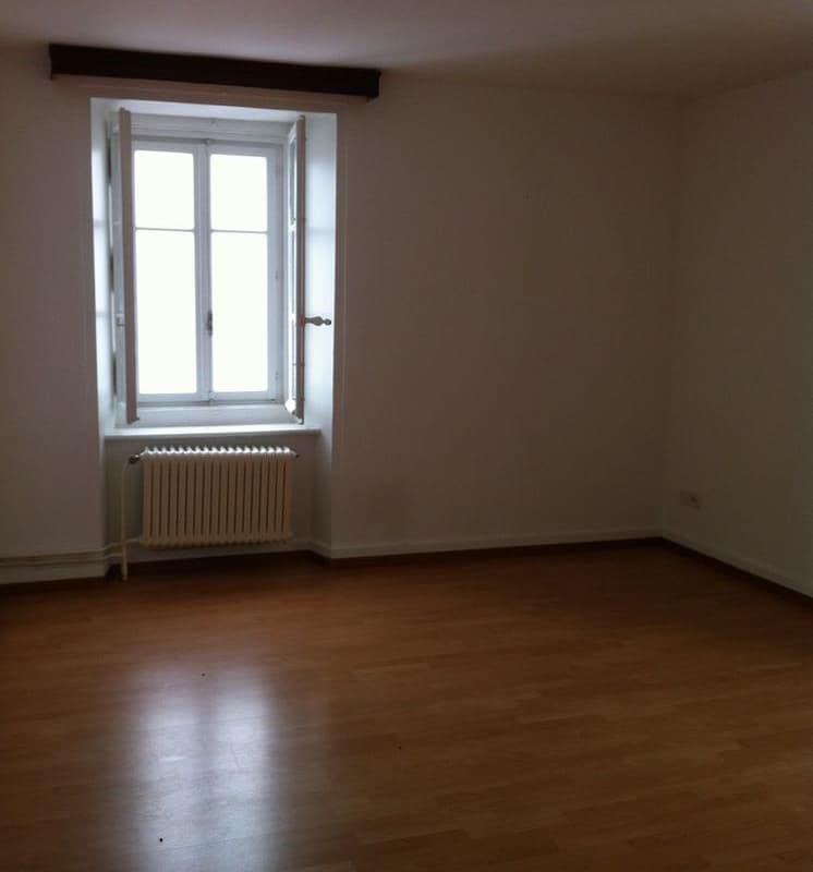 Rue Centrale 12