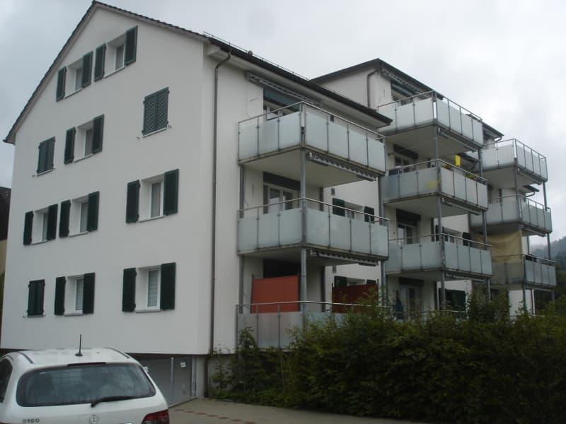 Sonnenbergstrasse 4