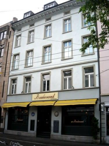 Stadthausstrasse 143