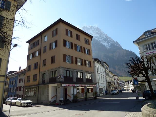 Gemeindehausplatz 2