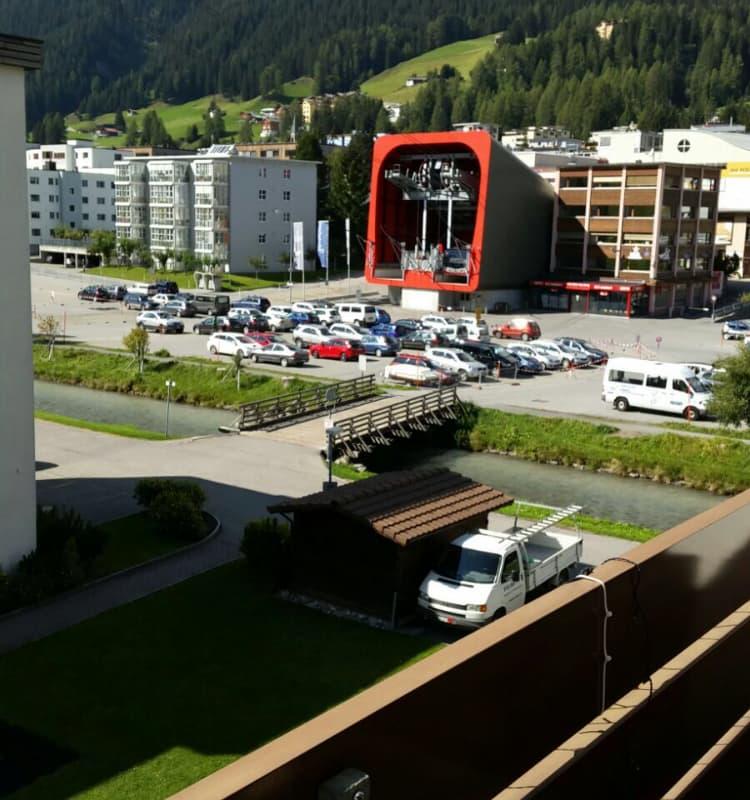 Skistrasse 18