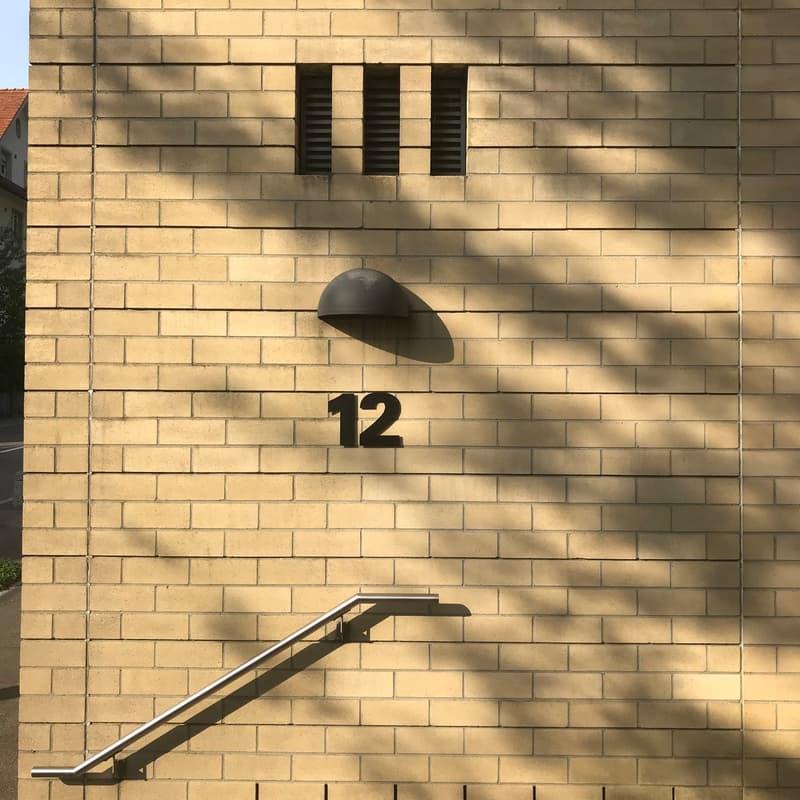Ehrendingerstrasse 12