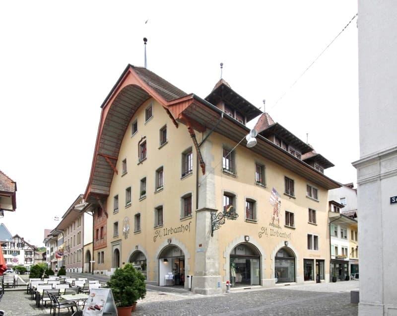 St. Urbanhof, Engelgasse 2