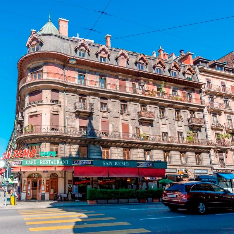 Rue des Eaux-Vives 2