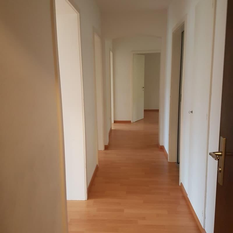 Im Pfauenhof 6, 7