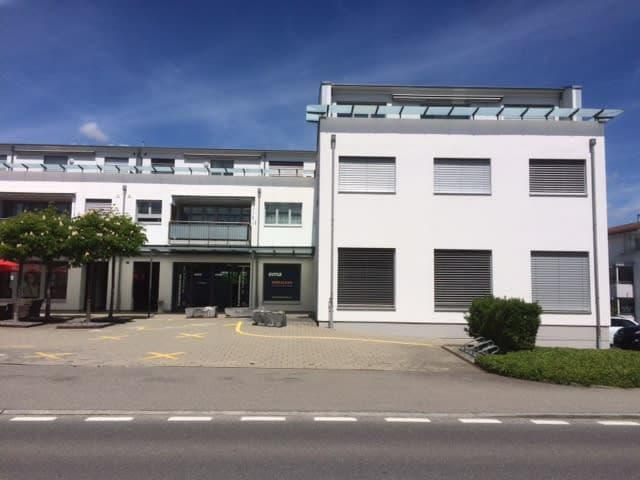 Kantonsstrasse 32/34