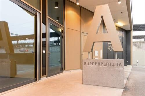 Europaplatz 1a, b, c