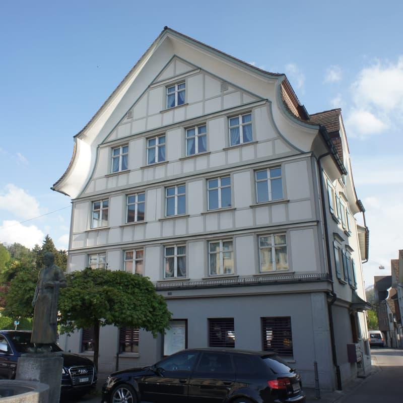 Dorfplatz 4