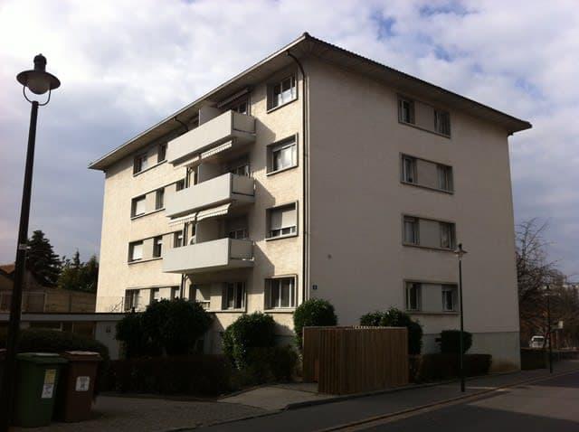 Rue du Village 6