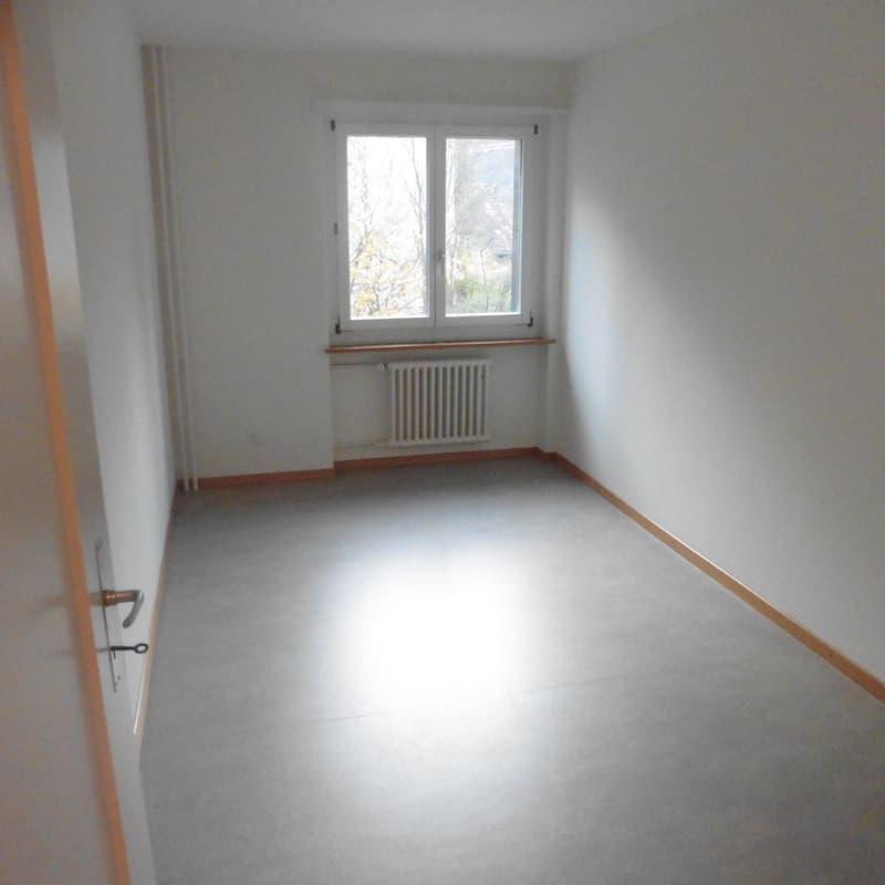 Emil-Klöti-Strasse 12b