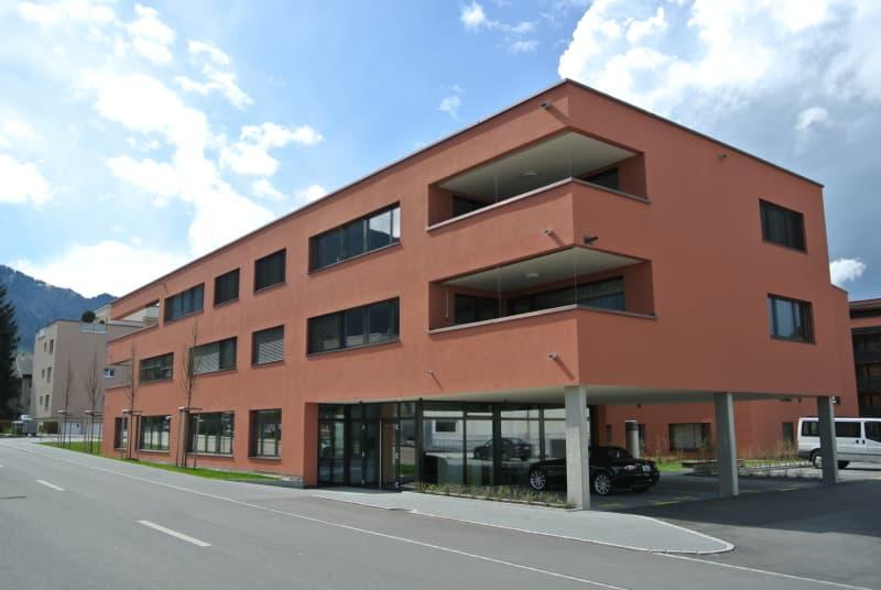 Bahnhofstrasse 27