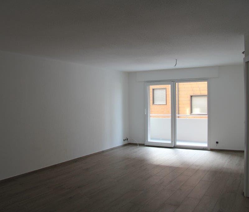 Miete: Preiswerte, moderne Wohnung