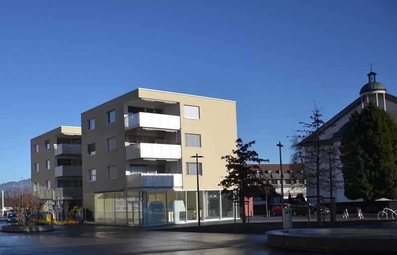 Dorfplatz 2