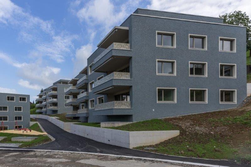 Weinstrasse 8