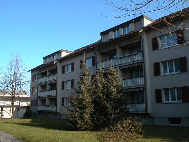 Hofackerstrasse 17