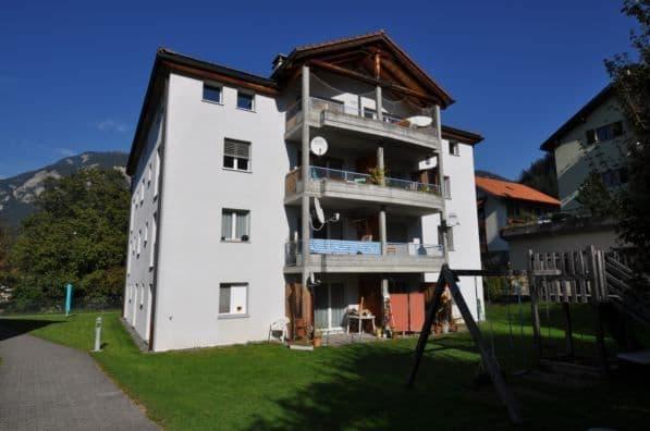 Dorfplatz 15