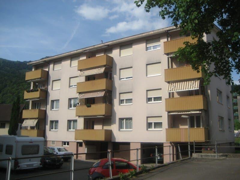 Sportplatzweg 8