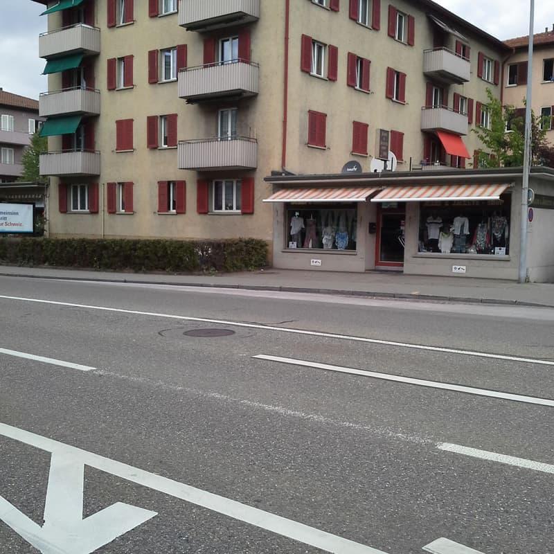 Flughafenstrasse 4
