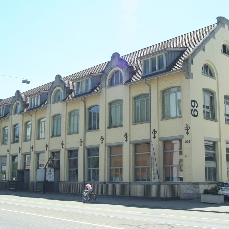 Bruggerstrasse 69