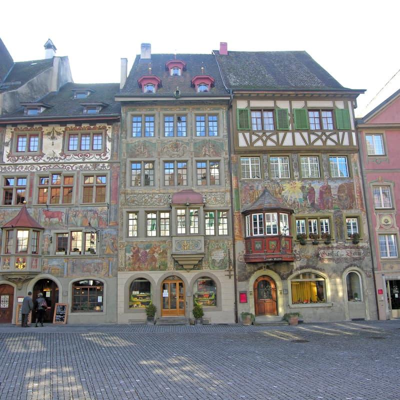 Rathausplatz 11