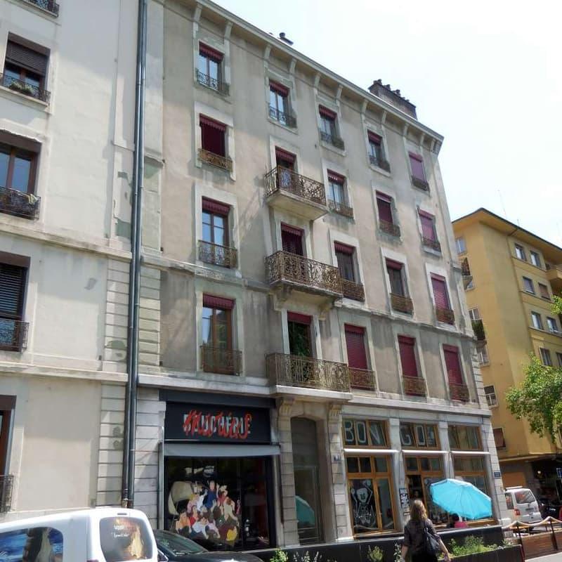 Place des Augustins 9