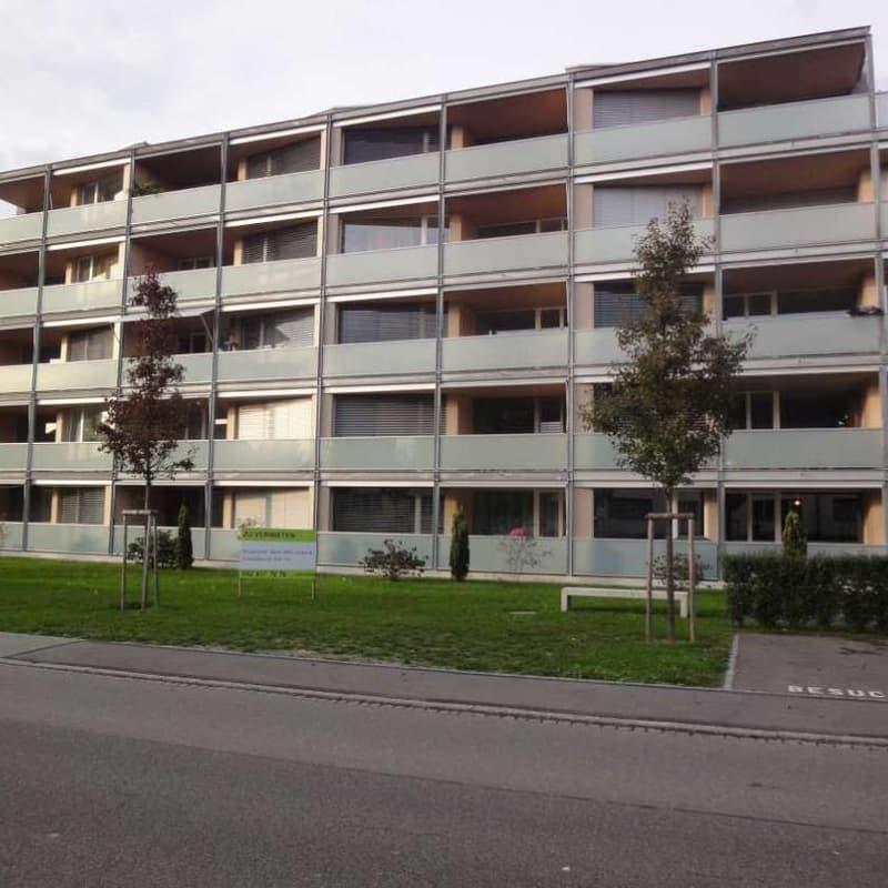 Zeughausstrasse 48b