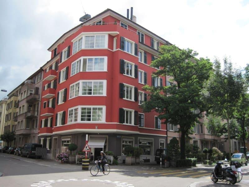 Komplett sanierte 4.5-Zimmerwohnung im Jugendstil