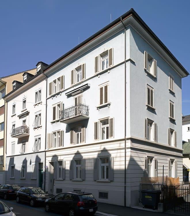 3.5 Zimmer Dachwohnung mit eigener Dachterrasse