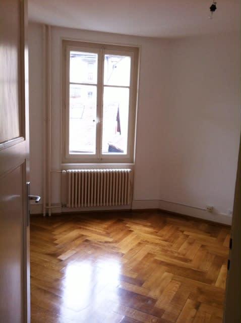 Rue grenade 11